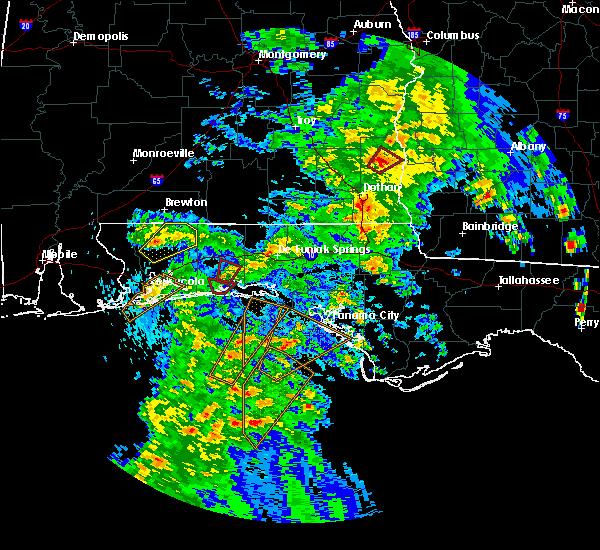 Radar Image for Severe Thunderstorms near Niceville, FL at 4/22/2018 4:42 PM CDT