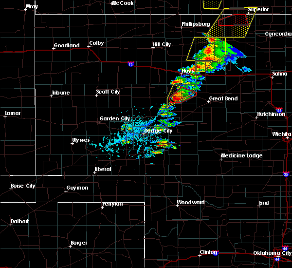 Radar Image for Severe Thunderstorms near Rush Center, KS at 5/1/2018 4:34 PM CDT