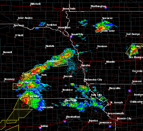 Radar Image for Severe Thunderstorms near Rising City, NE at 5/1/2018 5:06 PM CDT