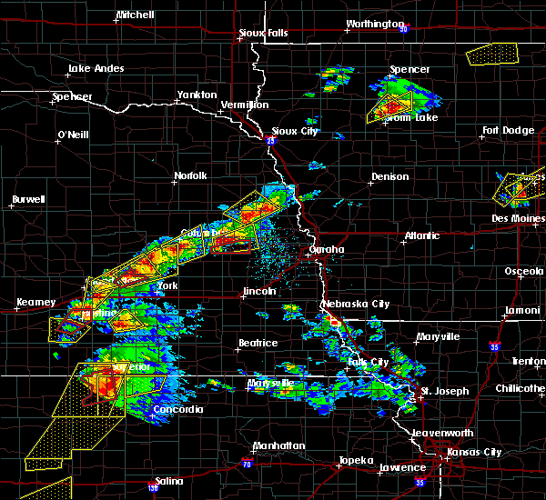 Radar Image for Severe Thunderstorms near Rising City, NE at 5/1/2018 5:20 PM CDT