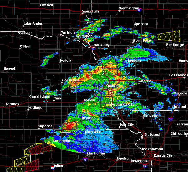 Radar Image for Severe Thunderstorms near Moorhead, IA at 5/1/2018 6:53 PM CDT