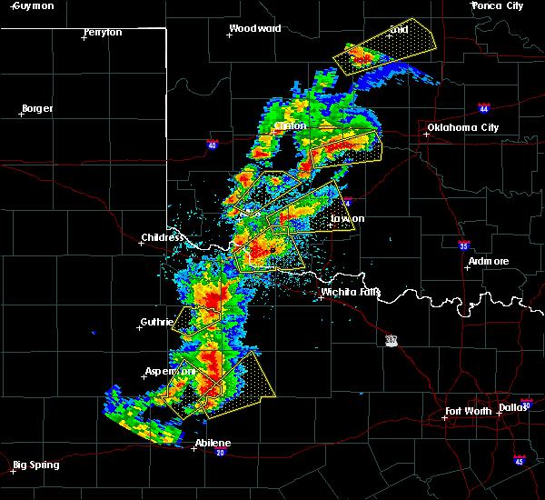 Radar Image for Severe Thunderstorms near Vernon, TX at 5/2/2018 6:09 PM CDT