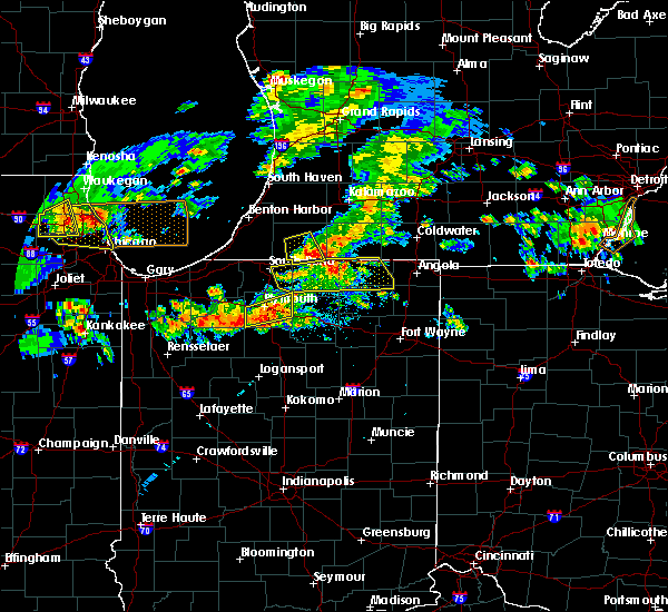 Radar Image for Severe Thunderstorms near White Pigeon, MI at 5/2/2018 8:33 PM EDT
