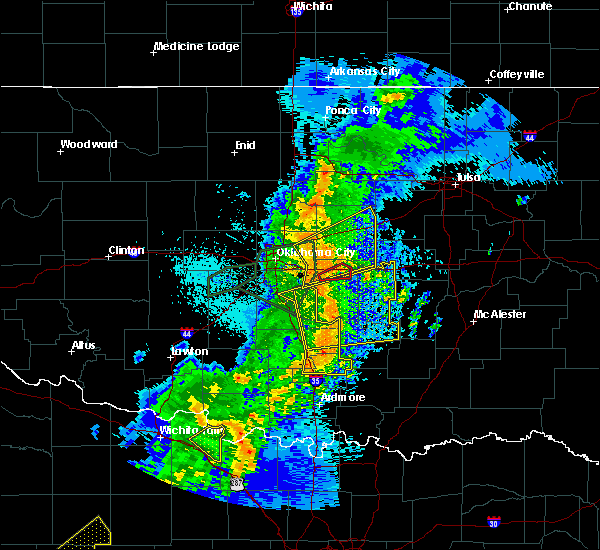 Radar Image for Severe Thunderstorms near Prague, OK at 5/2/2018 9:19 PM CDT