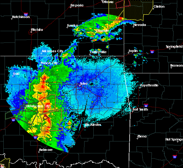 Radar Image for Severe Thunderstorms near Cleveland, OK at 5/2/2018 9:32 PM CDT