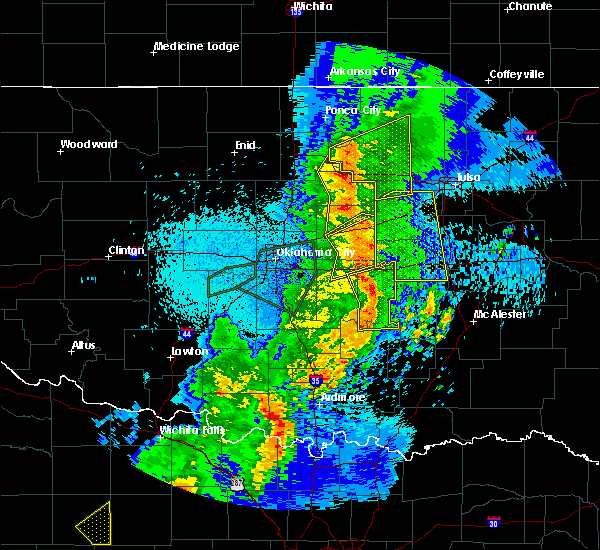 Radar Image for Severe Thunderstorms near Prague, OK at 5/2/2018 9:47 PM CDT