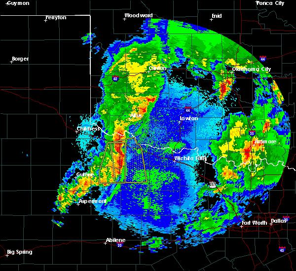 Radar Image for Severe Thunderstorms near Vernon, TX at 5/3/2018 5:03 AM CDT