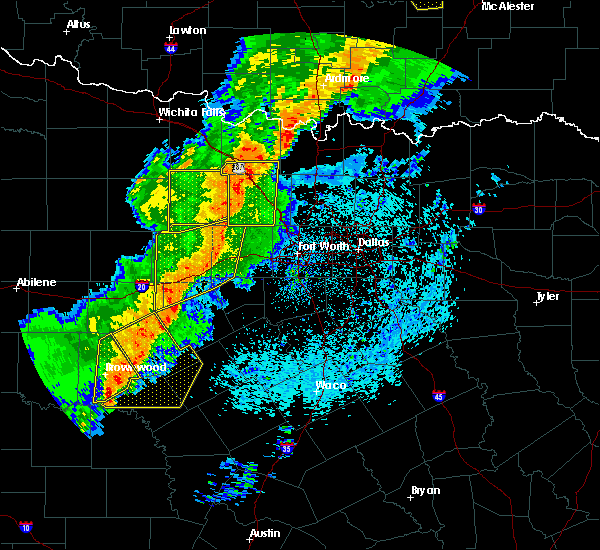 Radar Image for Severe Thunderstorms near Bowie, TX at 5/3/2018 9:08 AM CDT