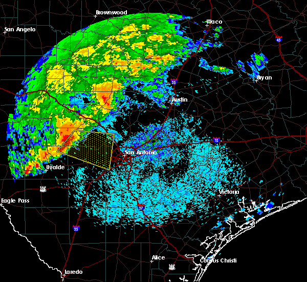 Radar Image for Severe Thunderstorms near San Antonio, TX at 5/4/2018 7:49 AM CDT