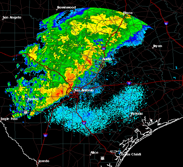 Radar Image for Severe Thunderstorms near Briarcliff, TX at 5/4/2018 9:28 AM CDT