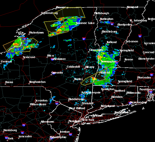 Radar Image for Severe Thunderstorms near Housatonic, MA at 5/4/2018 5:22 PM EDT