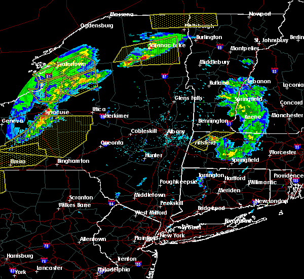 Radar Image for Severe Thunderstorms near Pittsfield, MA at 5/4/2018 5:59 PM EDT