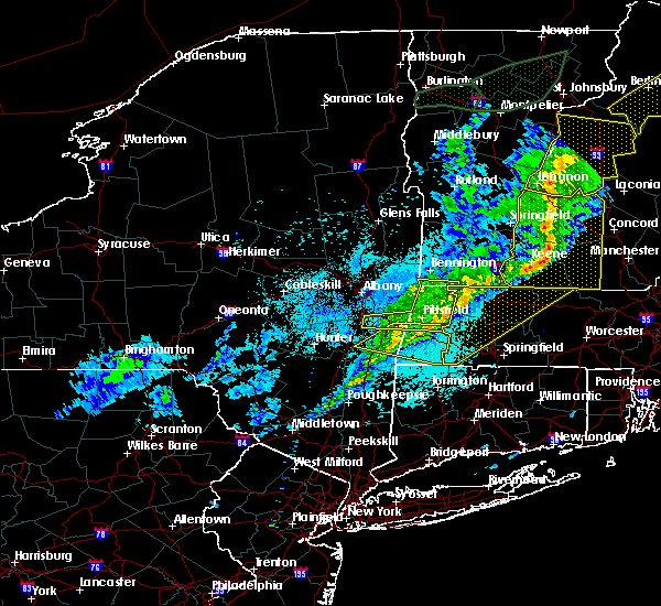 Radar Image for Severe Thunderstorms near Holyoke, MA at 5/4/2018 9:39 PM EDT