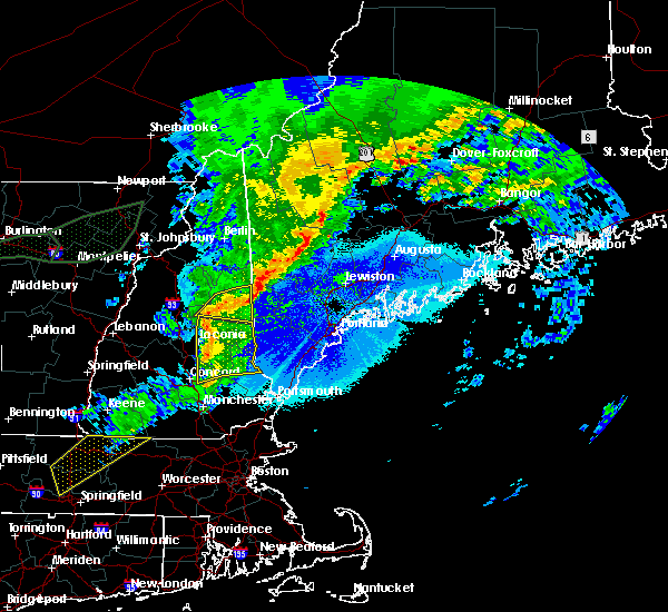 Radar Image for Severe Thunderstorms near Milton, NH at 5/4/2018 10:21 PM EDT
