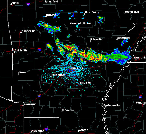 Radar Image for Severe Thunderstorms near Clinton, AR at 5/6/2018 5:03 PM CDT