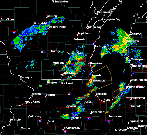 Radar Image for Severe Thunderstorms near Richfield, WI at 5/9/2018 4:57 PM CDT