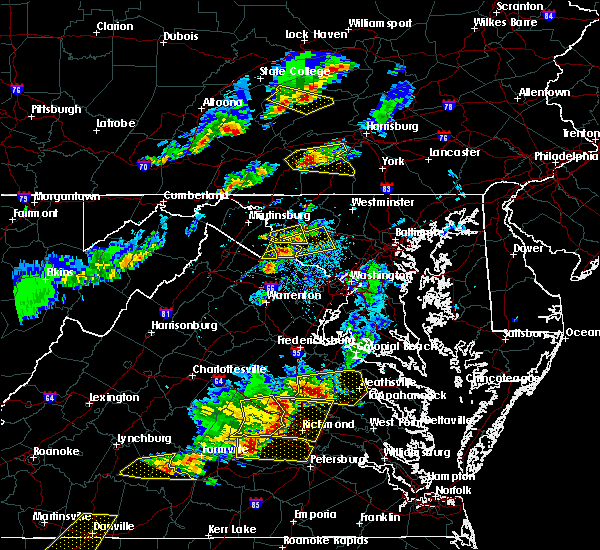 Radar Image for Severe Thunderstorms near Yarrowsburg, MD at 5/10/2018 4:28 PM EDT