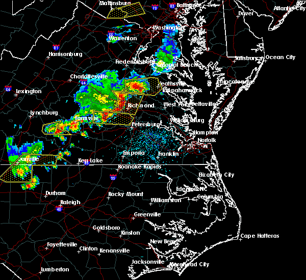 Radar Image for Severe Thunderstorms near Sandston, VA at 5/10/2018 4:34 PM EDT