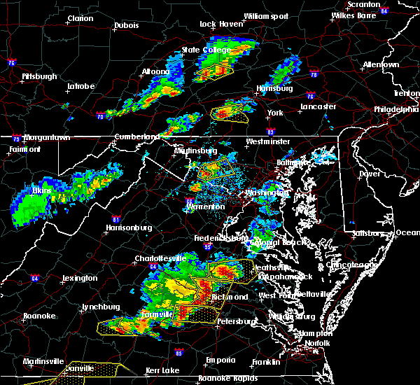 Radar Image for Severe Thunderstorms near Germantown, MD at 5/10/2018 4:38 PM EDT