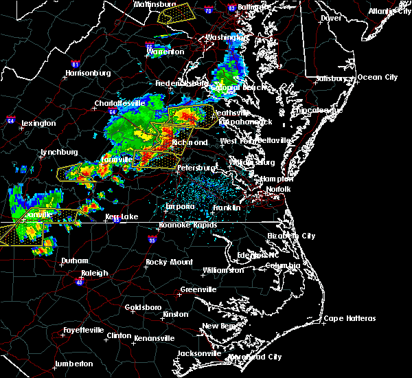 Radar Image for Severe Thunderstorms near Colonial Heights, VA at 5/10/2018 4:38 PM EDT