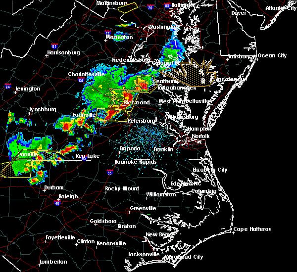 Radar Image for Severe Thunderstorms near Tappahannock, VA at 5/10/2018 4:50 PM EDT