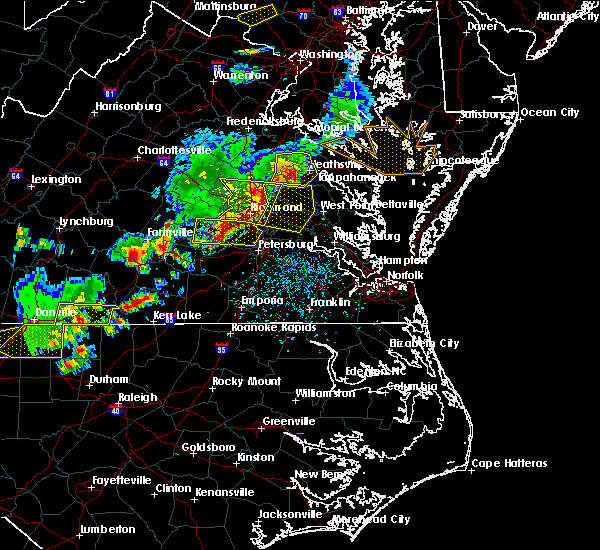 Radar Image for Severe Thunderstorms near King and Queen Court House, VA at 5/10/2018 4:53 PM EDT