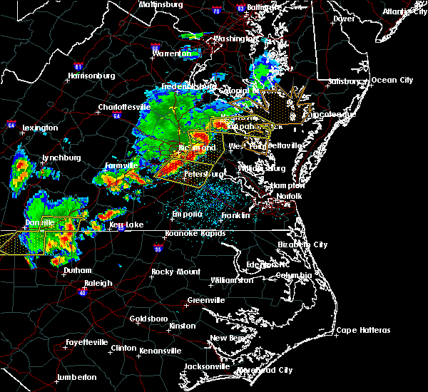 Radar Image for Severe Thunderstorms near Ettrick, VA at 5/10/2018 5:05 PM EDT