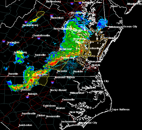 Radar Image for Severe Thunderstorms near West Point, VA at 5/10/2018 5:49 PM EDT