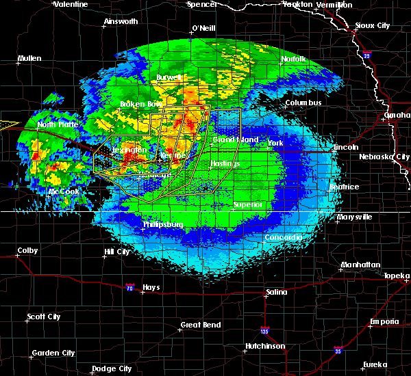 Radar Image for Severe Thunderstorms near Grand Island, NE at 5/11/2018 12:39 AM CDT