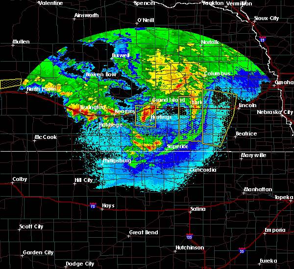 Radar Image for Severe Thunderstorms near Grand Island, NE at 5/11/2018 2:13 AM CDT
