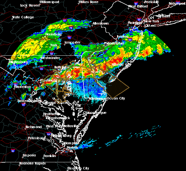 Radar Image for Severe Thunderstorms near Stevensville, MD at 5/12/2018 8:44 PM EDT