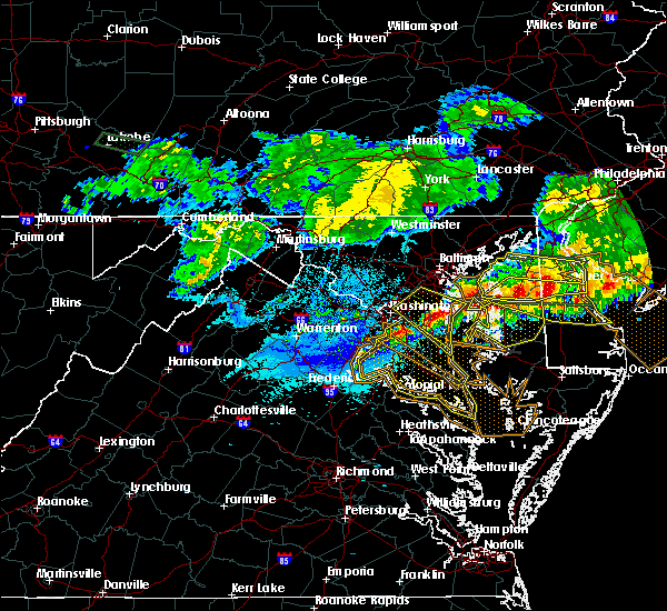 Radar Image for Severe Thunderstorms near Woodmore, MD at 5/12/2018 9:02 PM EDT