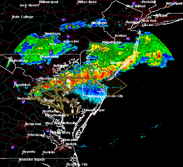 Radar Image for Severe Thunderstorms near Dover, DE at 5/12/2018 9:18 PM EDT