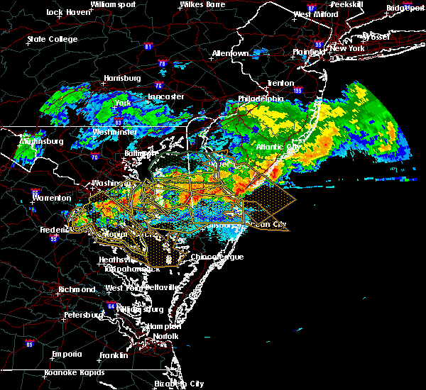Radar Image for Severe Thunderstorms near Stevensville, MD at 5/12/2018 9:30 PM EDT