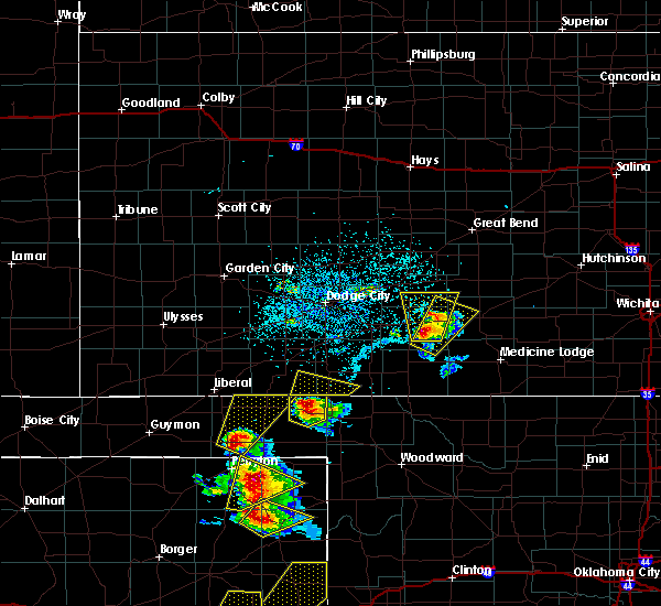Radar Image for Severe Thunderstorms near Greensburg, KS at 5/13/2018 5:55 PM CDT