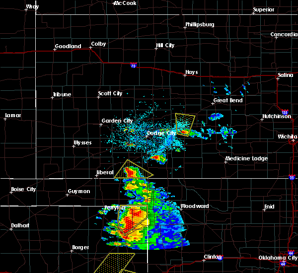Radar Image for Severe Thunderstorms near Kinsley, KS at 5/13/2018 7:04 PM CDT
