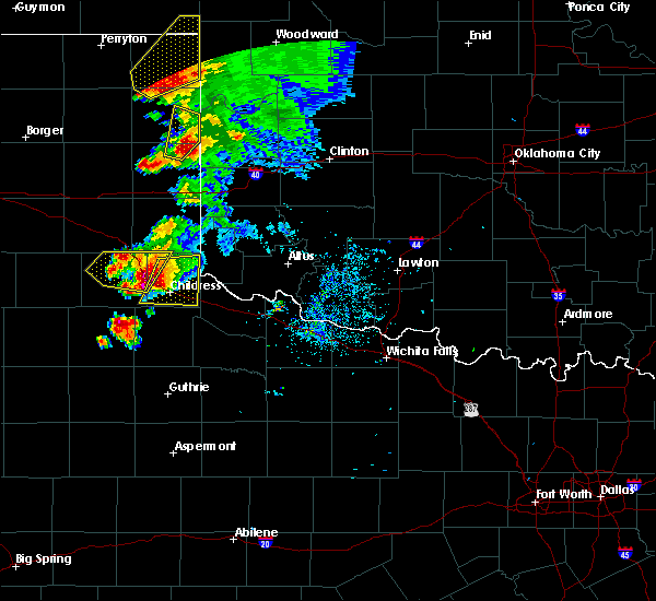 Radar Image for Severe Thunderstorms near Childress, TX at 5/13/2018 8:08 PM CDT