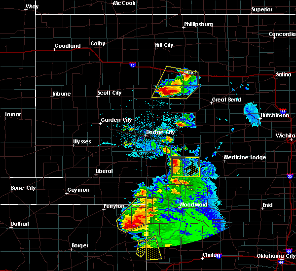Radar Image for Severe Thunderstorms near Coldwater, KS at 5/13/2018 8:20 PM CDT