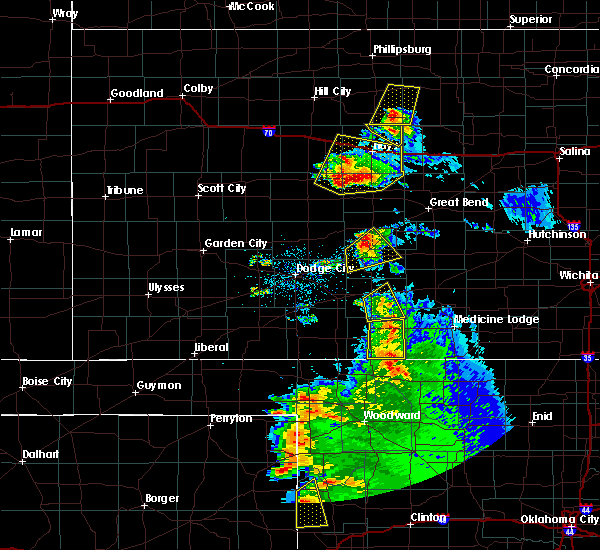 Radar Image for Severe Thunderstorms near Greensburg, KS at 5/13/2018 8:54 PM CDT