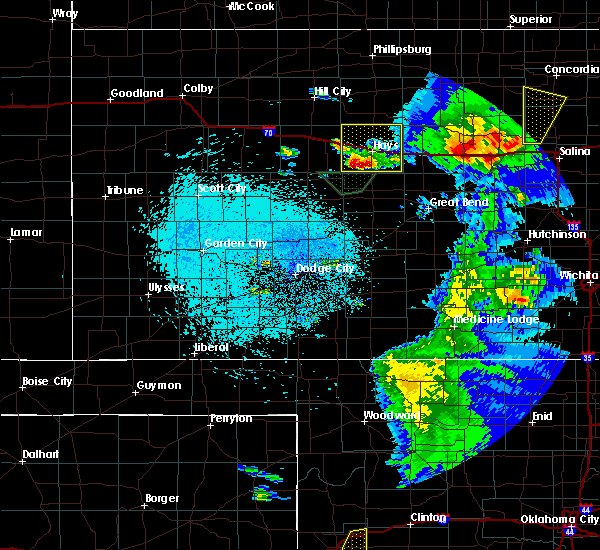 Radar Image for Severe Thunderstorms near Victoria, KS at 5/13/2018 11:02 PM CDT