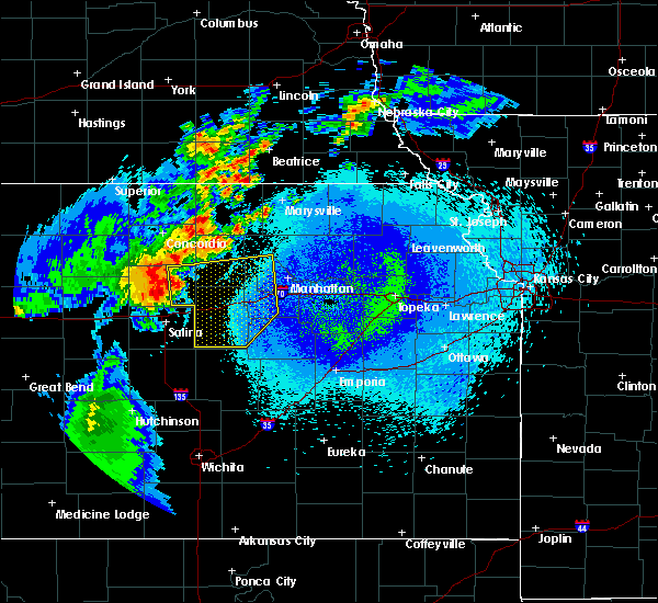Radar Image for Severe Thunderstorms near Wakefield, KS at 5/14/2018 12:06 AM CDT