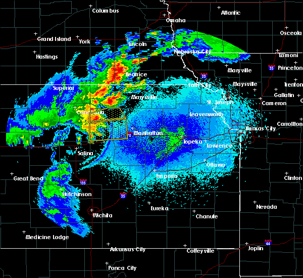 Radar Image for Severe Thunderstorms near Wakefield, KS at 5/14/2018 12:36 AM CDT