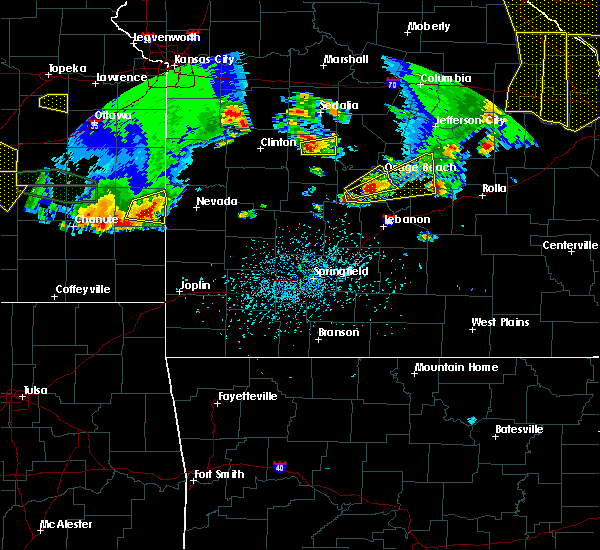 Radar Image for Severe Thunderstorms near St. Elizabeth, MO at 5/14/2018 5:27 PM CDT