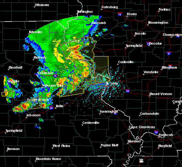 Radar Image for Severe Thunderstorms near New Haven, MO at 5/14/2018 5:33 PM CDT