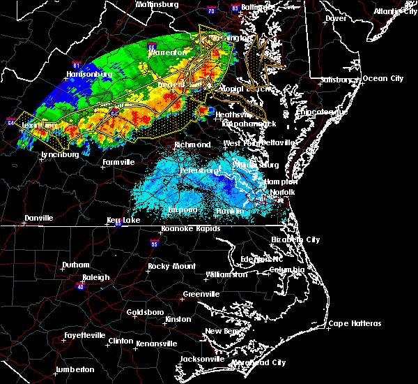 Radar Image for Severe Thunderstorms near Tappahannock, VA at 5/14/2018 7:13 PM EDT