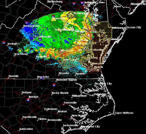 Radar Image for Severe Thunderstorms near Sussex, VA at 5/14/2018 8:20 PM EDT