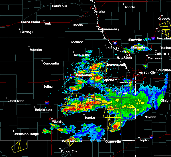 Radar Image for Severe Thunderstorms near Hoyt, KS at 5/14/2018 8:10 PM CDT