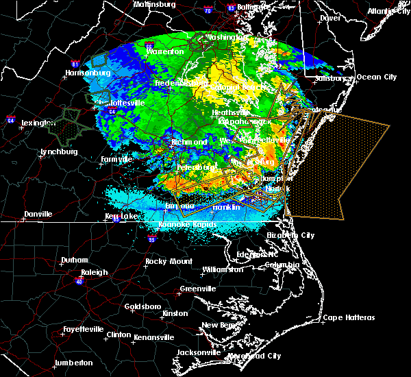 Radar Image for Severe Thunderstorms near Chesapeake, VA at 5/14/2018 9:13 PM EDT