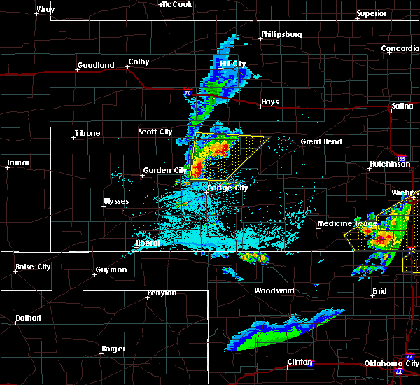 Radar Image for Severe Thunderstorms near Burdett, KS at 5/14/2018 10:05 PM CDT