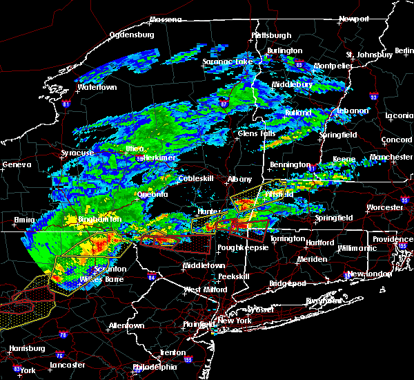 Radar Image for Severe Thunderstorms near Canaan, CT at 5/15/2018 3:01 PM EDT